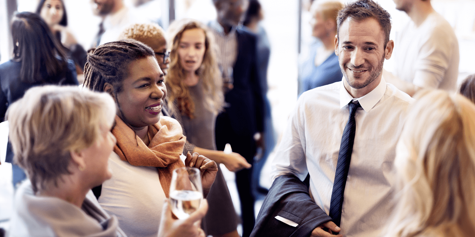 Breaking Barriers: A Guide to Networking for Introverts | FlexJobs